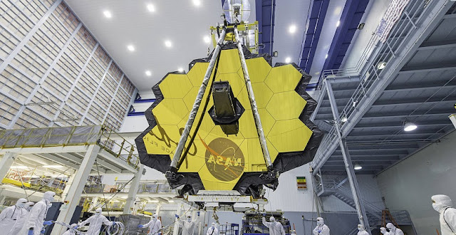 James Webb Space Telescope mirror seen in full bloom. Credit: NASA/Desiree Stover