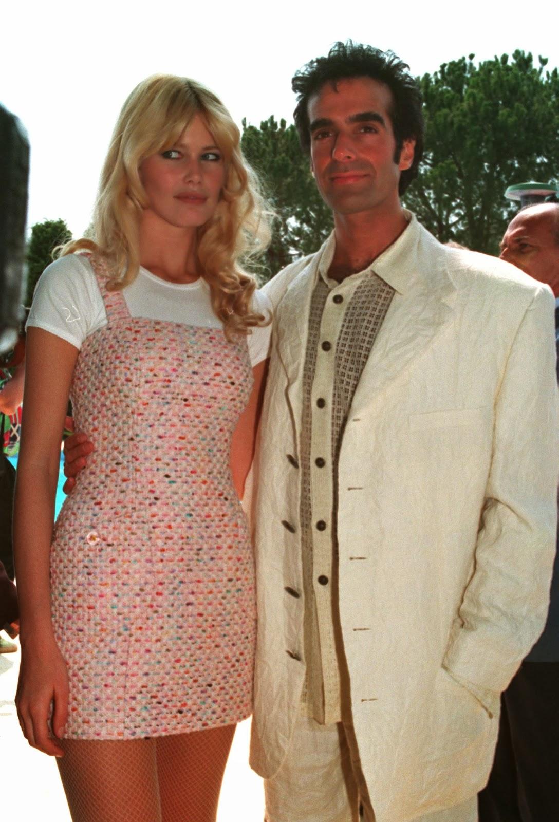 david copperfield spain el mago se casa con la sa chloe  en la edicion britanica de la revista hola el espectacular david copperfield realizo una entrevista en la que pudo asegurar que estaba totalmente
