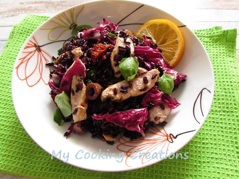 Салата от черен ориз с пилешко филе, радикио и маслини * Insalata di riso Venere con pollo, radicchio e olive