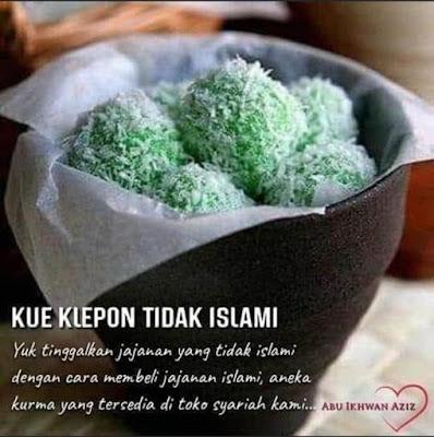 """Penyebar Poster """"Kue Klepon Tidak Islami"""
