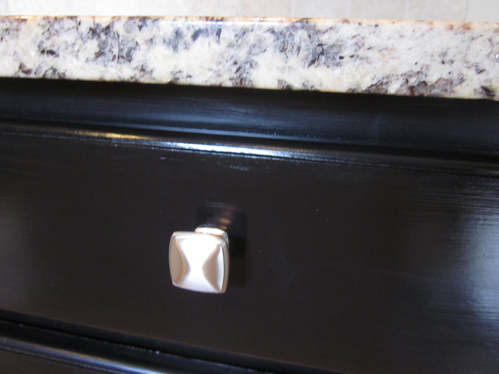 love our new faucet. It is a Delta Trinsic faucet. Here's a closer