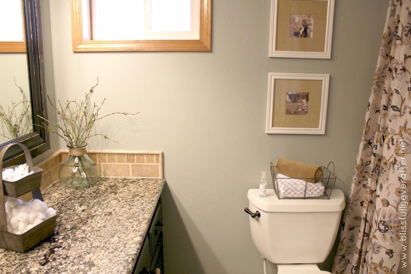 Guest Bath Decorating Ideas: Trololo Blogg: Can You Wallpaper A Bathroom