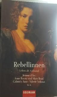 das Cover zeigt eine nachdenklich blickende Frau