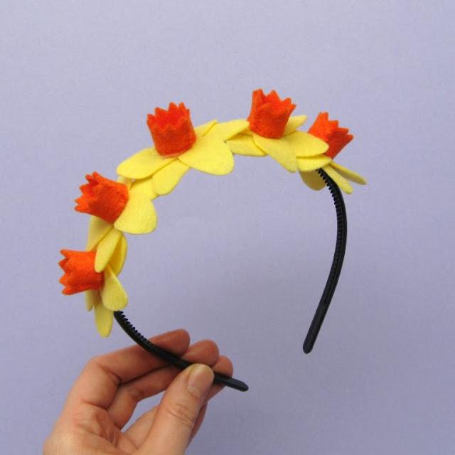 Felt daffodil headband
