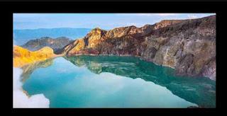 Air Danau Kawah Ijen