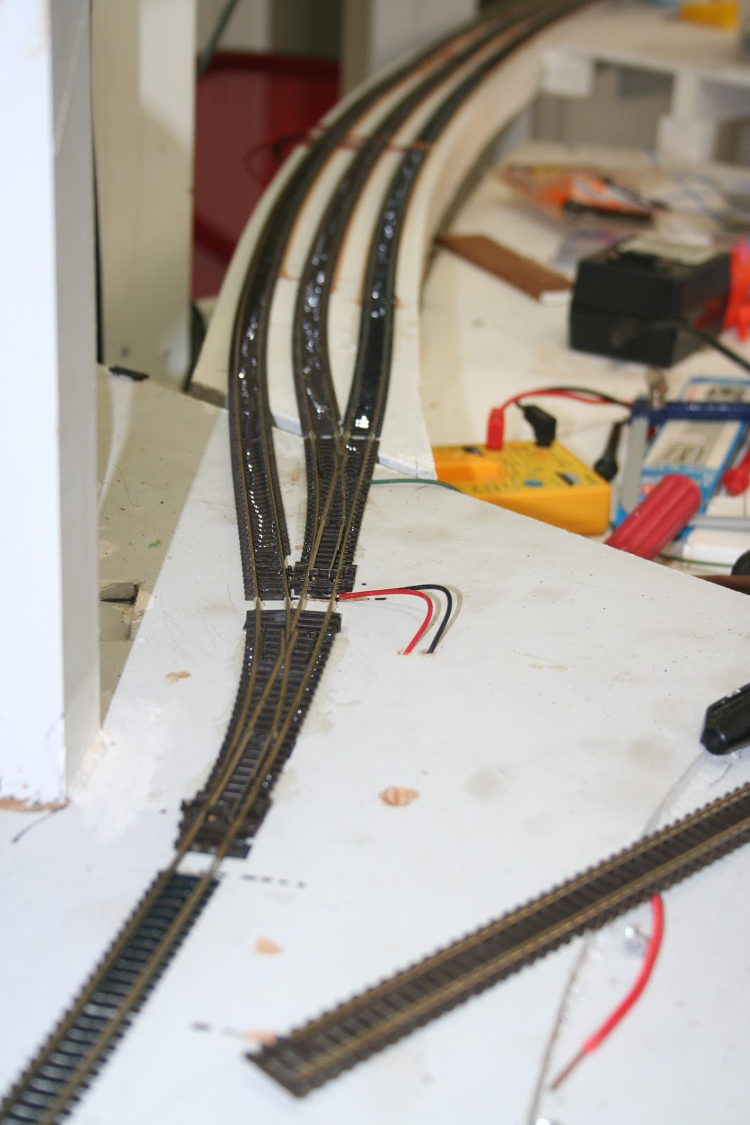 a g scale track wiring n scale layouts wiring diagrams tropical n scale: wiring and track #15