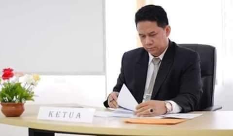 Prof. Dr. Suteki S. H. M. Hum  Pakar Filsafat Pancasila dan Hukum-Masyarakat