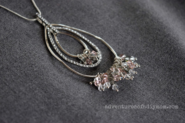 Necklace with Swarovski crystals