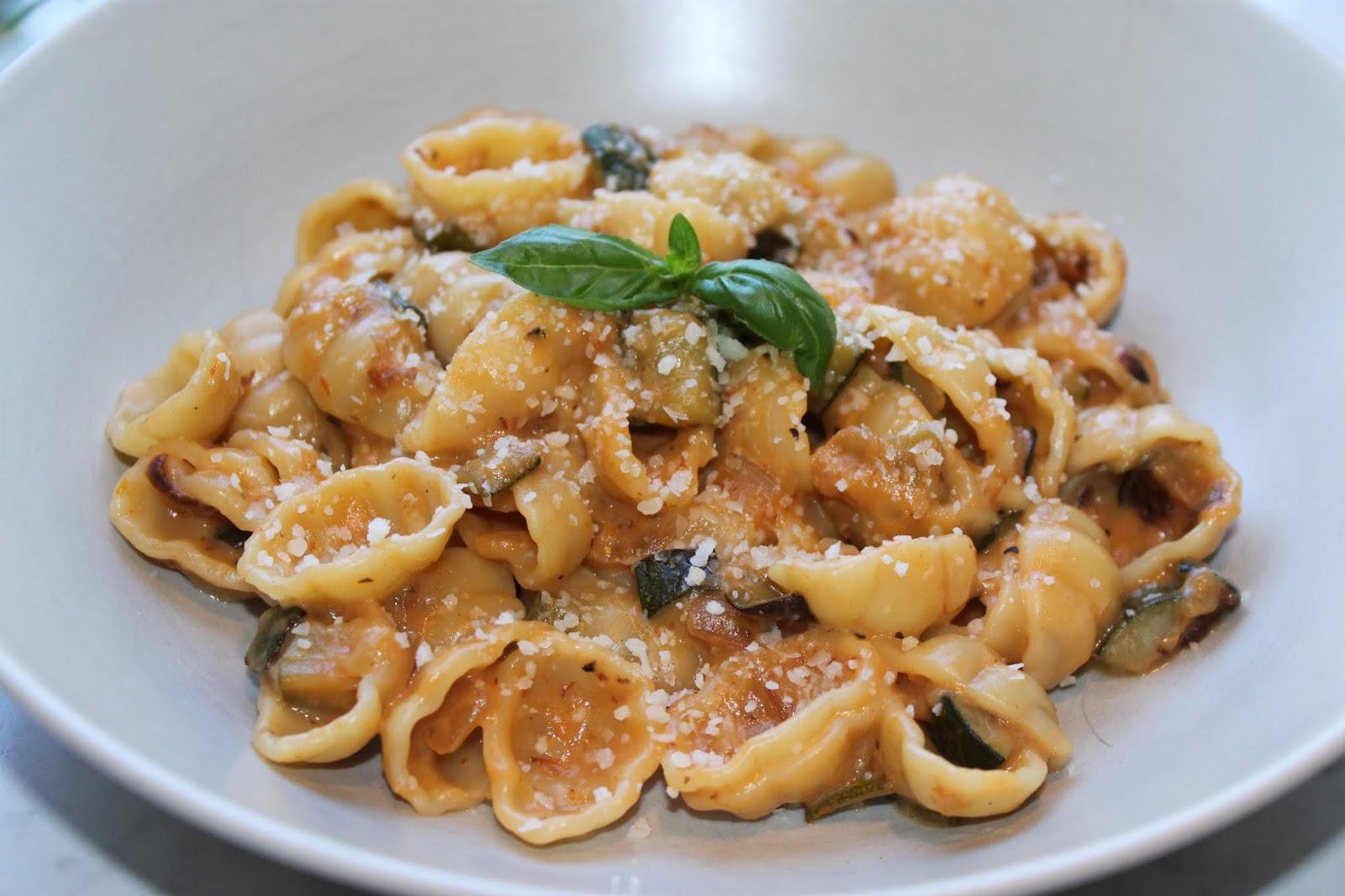 krämig pasta med grädde