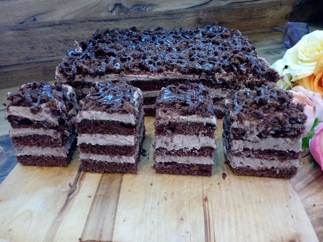 ciasto nesquik ciasto z kremem nesquik ciasto czekoladowe z kremem czekoladowym ciasto tortowe ciasto mocno czekoladowe ciasto z kakao rozpuszczalnym