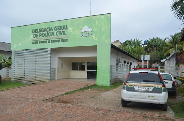 Delegacia de Cruzeiro do Sul está a mais de uma semana com uma viatura funcionando