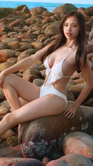 Jessica_Huang_di_bien