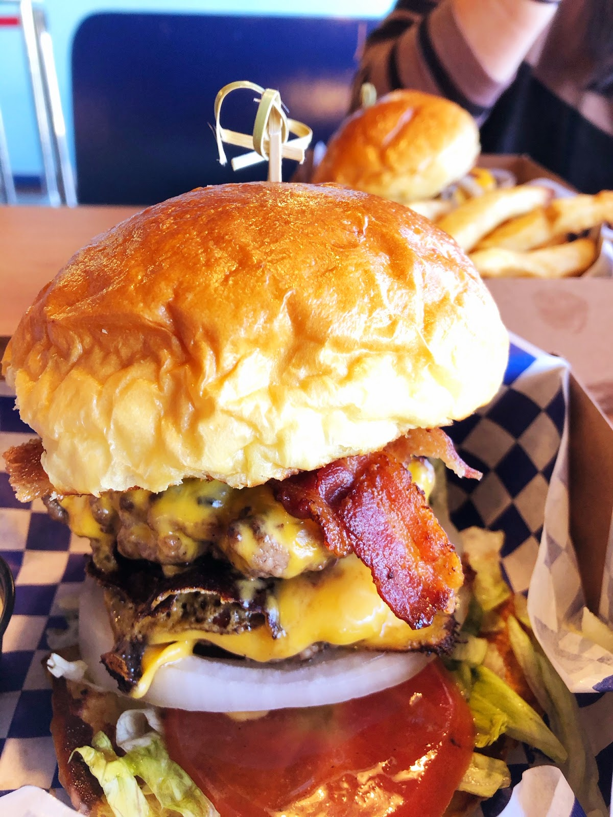Hawaii Mom Blog: Betty's Burgers