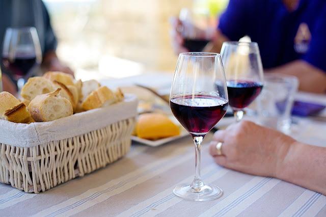tannic wine