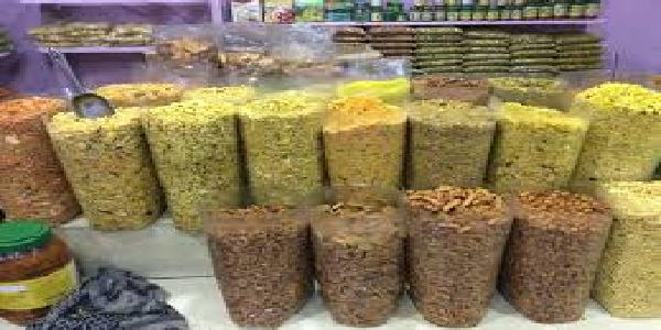 Khaad-vibhag-ka-namkeen-factory-par-chaapa