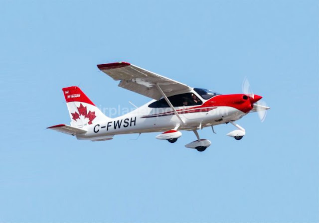 Tecnam P2010 light aircraft