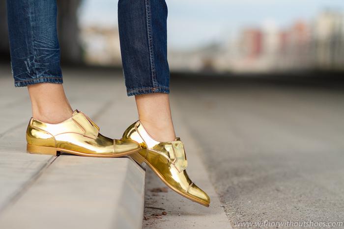Zapatos derbys dorados metálicos de la colección Dandy Mirror de Fratelli Rossetti