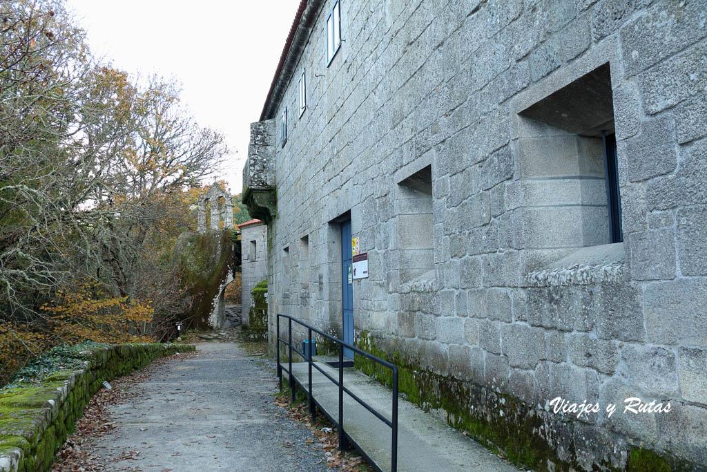 Casa rectoral de San Pedro de Rocas, Ourense