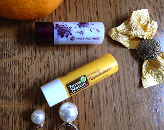 Yves Rocher lipstick 21. Peach and Terra Naturi lip balm Orange & Citrus