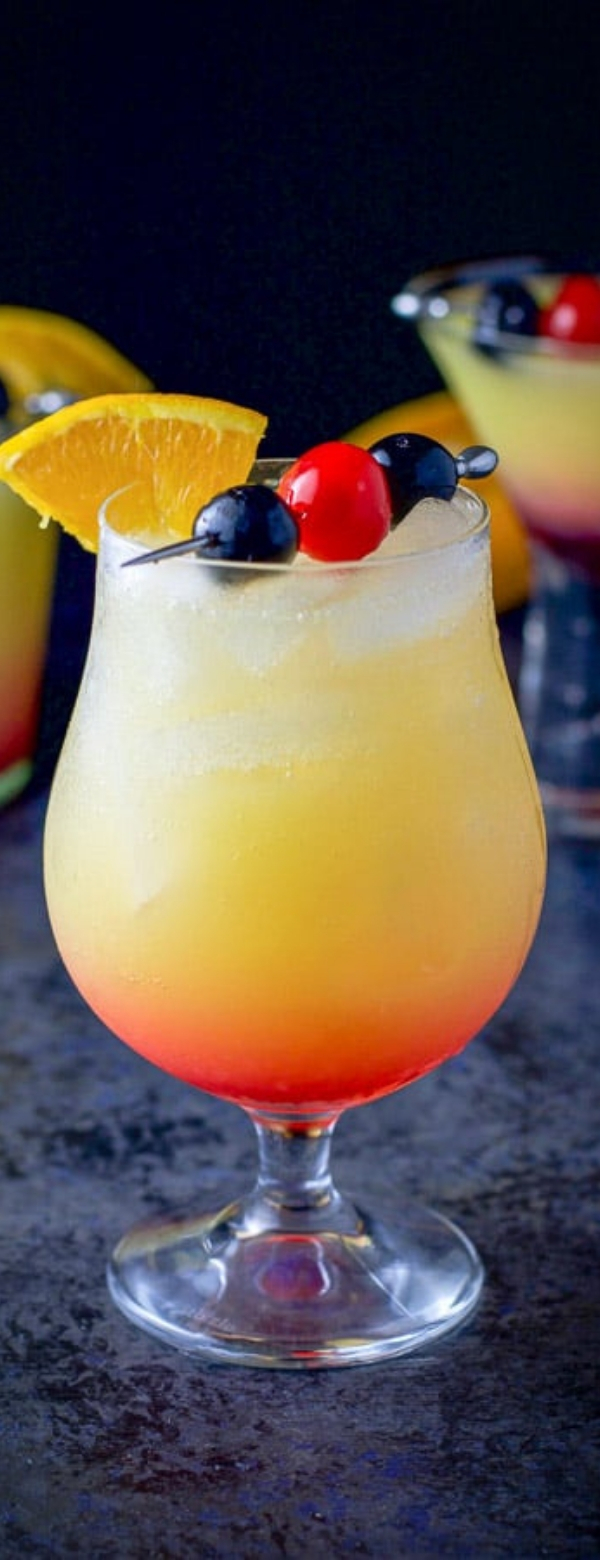 Tequila Sunrise Cocktail #FRESHDRINK #COCKTAIL