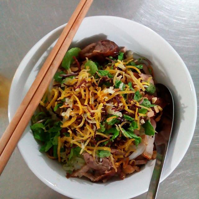 Cao Bang Sour Noodle Soup Captivates Diners