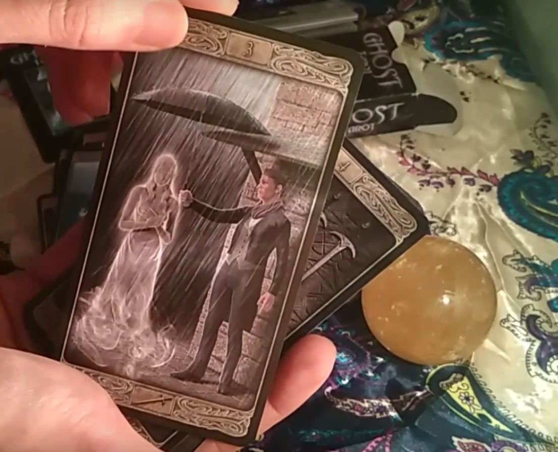 First impressions of the Ghost Tarot of Lo Scarabeo