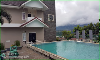 Villa Kecil Ada Kolam Renang