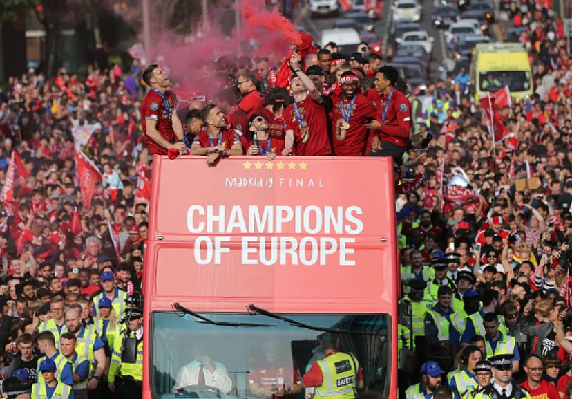 Liverpool-team-celebrate-on-open-top-bus