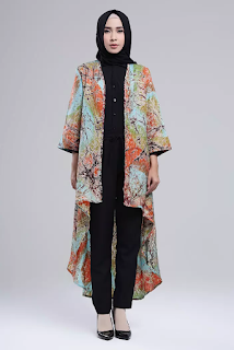 Model Outer Batik Panjang