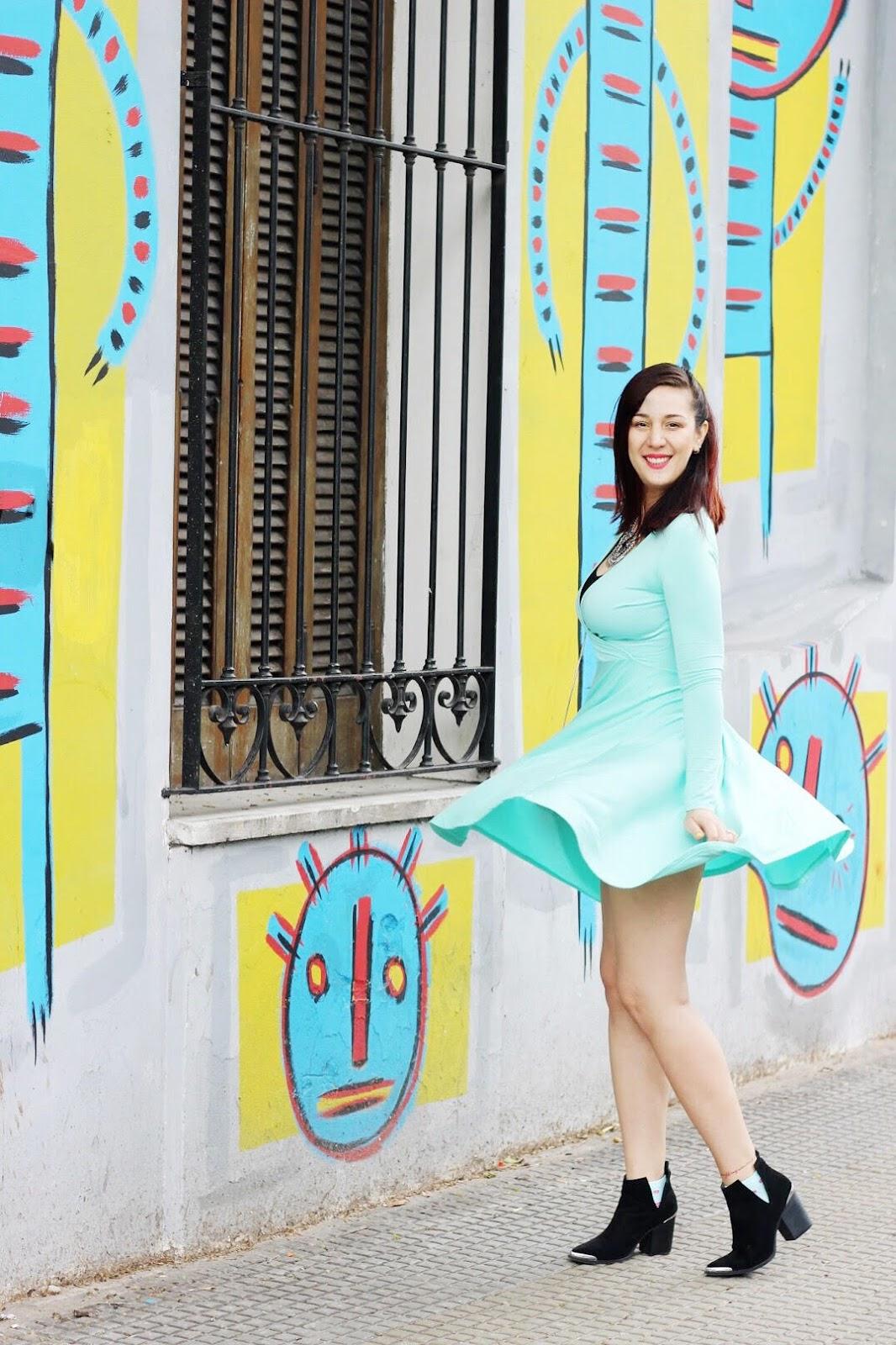 look vestido turquesa