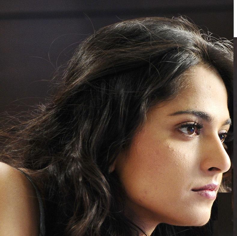 Tollywood Actress Anushka Shetty Hot Face Close UP Stills