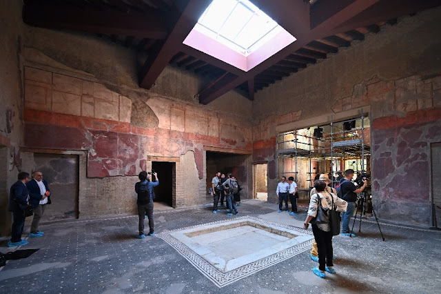 New technique reveals lost splendours of Herculaneum art