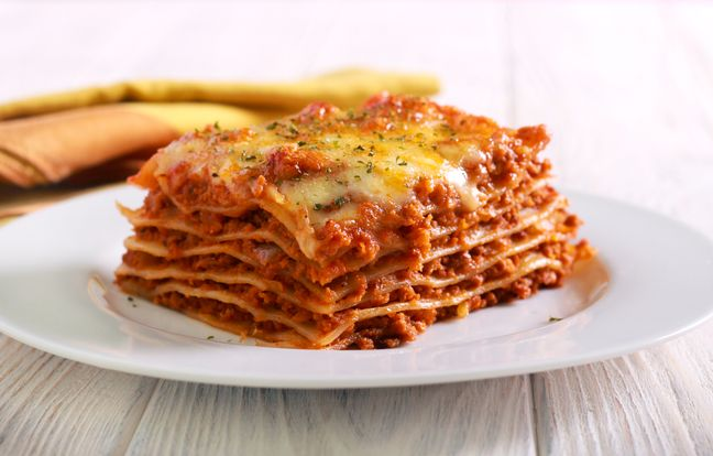 Bolognese Lasagna with Cooking Chef