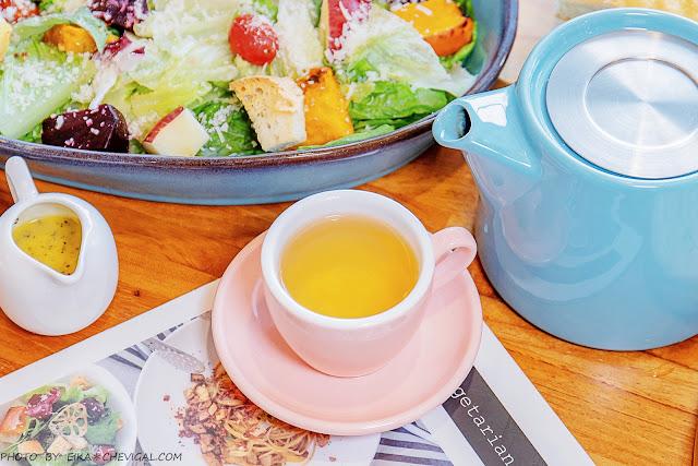 MG 8286 - 熱血採訪│台中清新森林系餐廳,多國人氣蔬食料理好美味,假日容易客滿建議先訂位