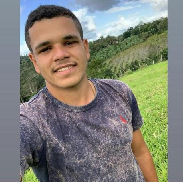 Acidente entre moto e carro de passeio deixa vítima fatal na comunidade da Sapucaia em Santo Antônio de Jesus