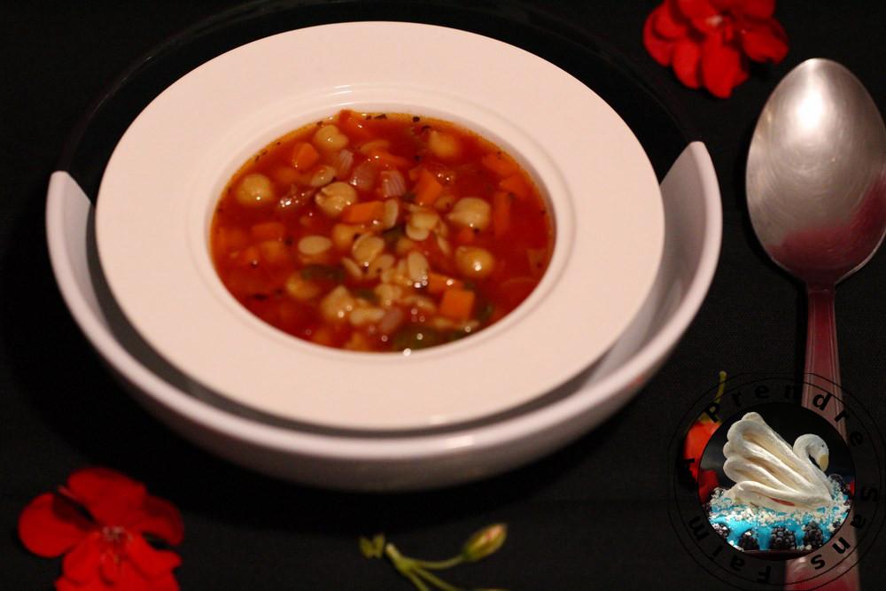 Soupe de pâtes aux légumes