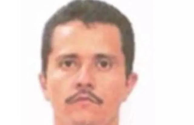David Moreral ledio acceso al CJNG liderado por Audias Flores Silva 'El Jardinero' quien secuestra y extorsiona para pagar su campaña a gobernador. En los terrenos del señor Mayo Zambada