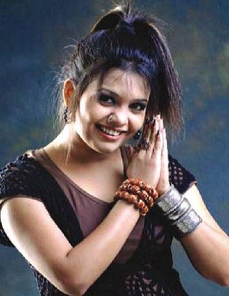 Mila Islam Bangladeshi Singer Dancing Hot