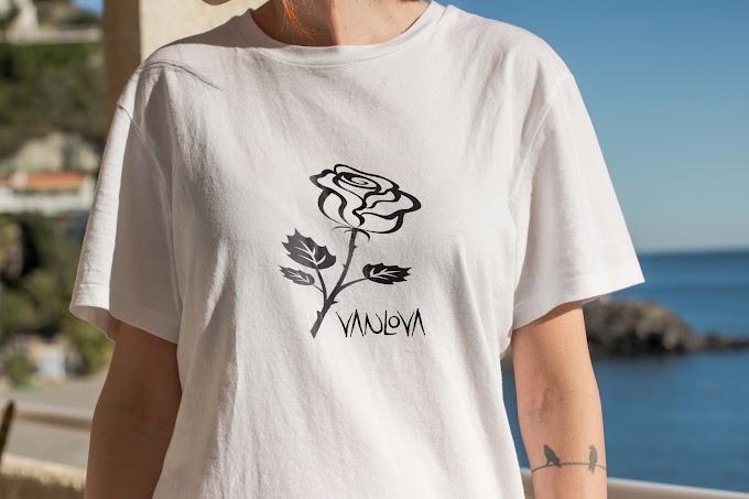 Vanlova white T-shirt