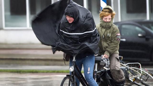 """هولندا تستعد لاستقبال العاصفة """"دنيس"""" القادمة من المحيط الأطلسي"""