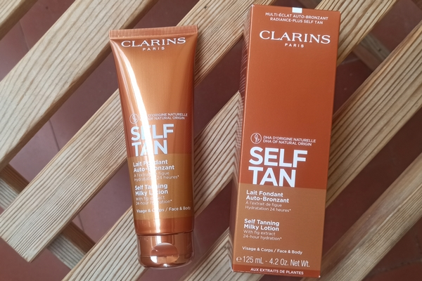Self Tan lait bronzant Clarins