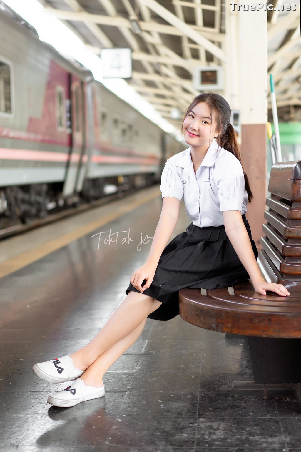 Image Thailand Model - Kornrawee Chokejindachai - Cute Student Girl - TruePic.net - Picture-4