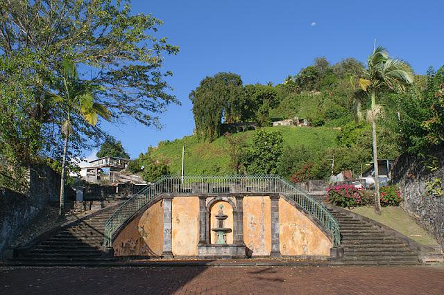 Escalier monumental de l'ancien théâtre détruit en 1902