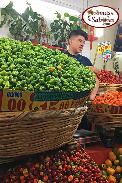 Pimentas em mercado no México - habanero