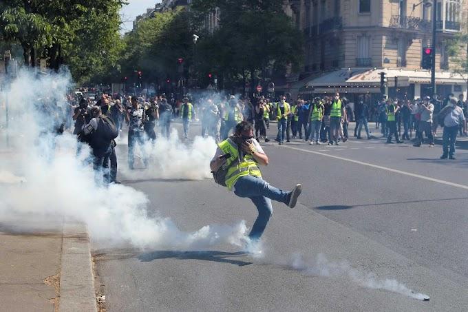 Enfrentamientos con la Policía en la 23.ª semana de protestas de los 'chalecos amarillos'