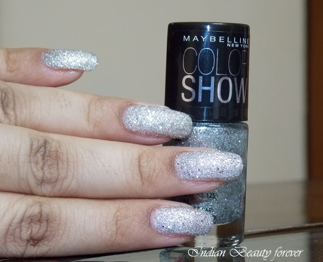 Maybelline Color Show Glitter Mania in Dazzling Diva price and swatches india