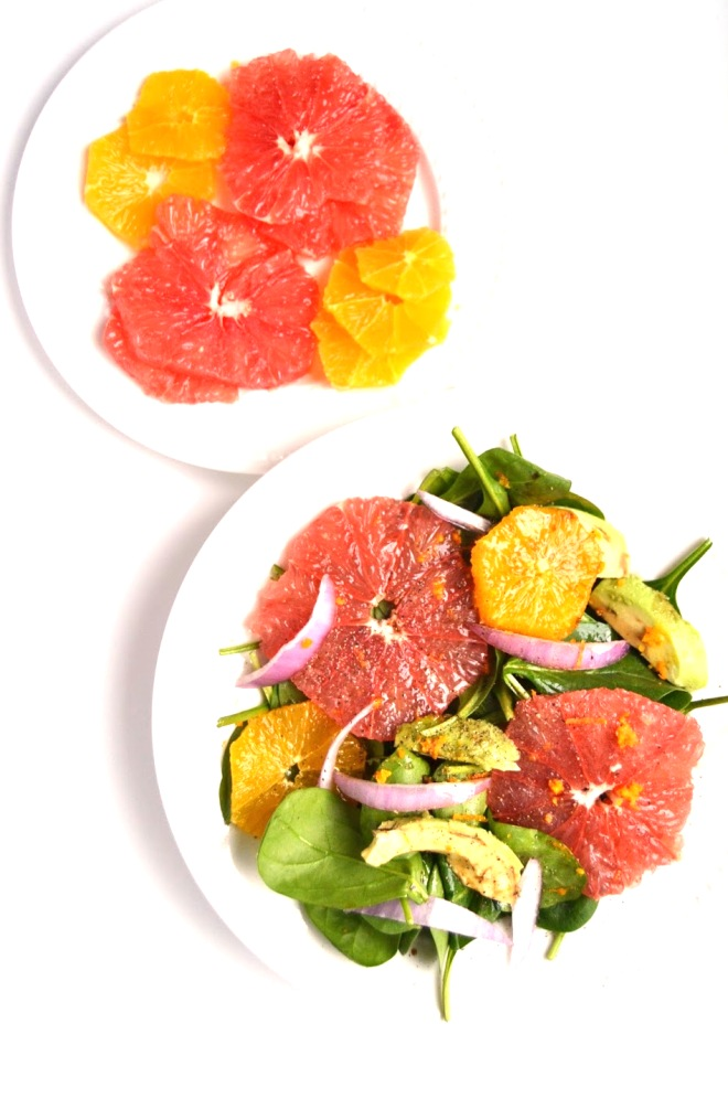 This Avocado and Citrus Salad with Orange Vinaigrette is light and refreshing and makes a perfect side dish for any meal! www.nutritionistreviews.com