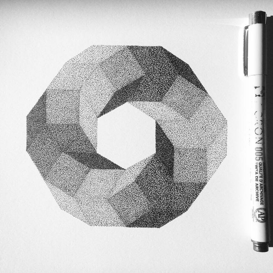 05-Carré-Stippling-Drawings-Ilan-Piotelat-www-designstack-co