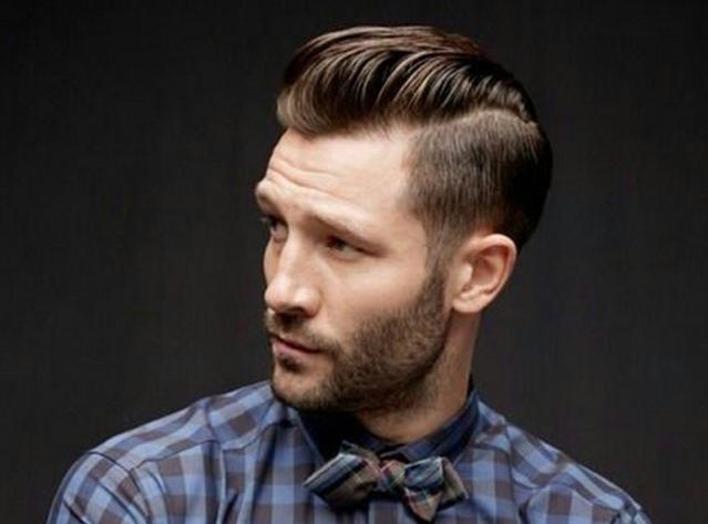 Model rambut pria Classic Pompadour