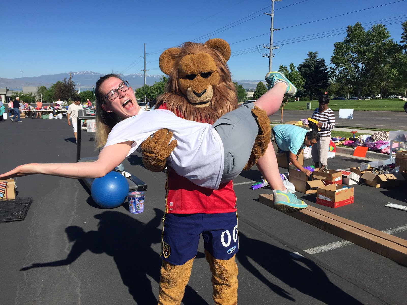 Leo the Lion and I at our fertility fundraiser